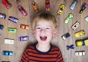 Какие игрушки обязательно должны быть у мальчика