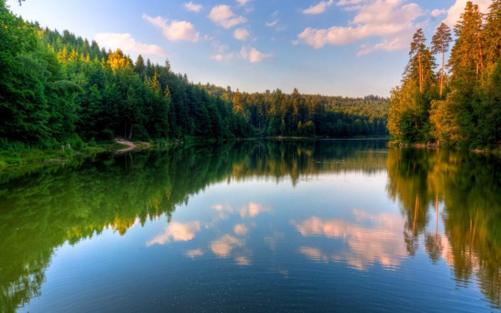 904279554 1024x640 - 15 интересных фактов об озёрах