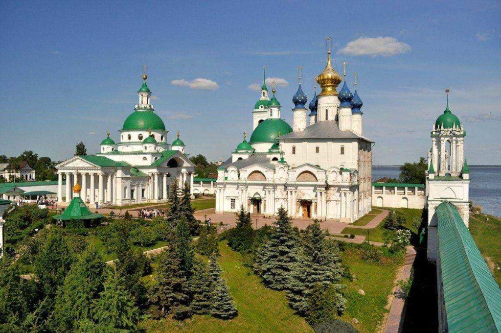 rostov5 1024x680 - 14 интересных фактов о Золотом Кольце России
